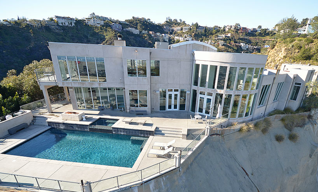 Rent devoe house corporate events wedding receptions for Buy house hollywood hills